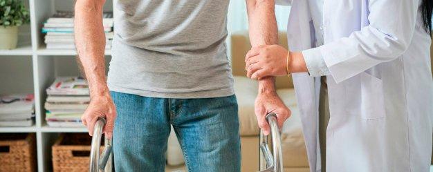 Buscador de Clinicas de UNESPA doctor ayuda paciente fisioterapeuta accidentalia clinicas unespa