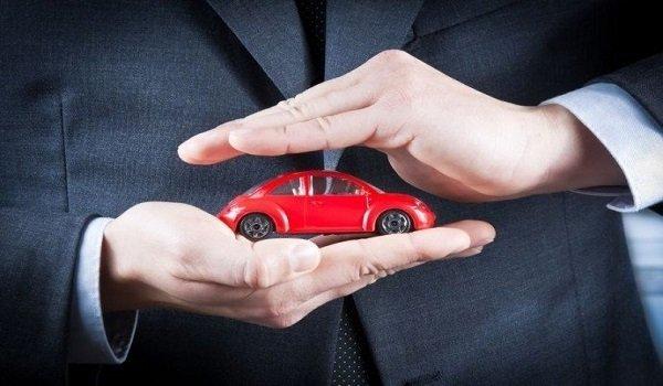 Los-contratos-de-seguros-para-vehiculos-a-motor-cuentan-con-una-cobertura-de-defensa-jurídica