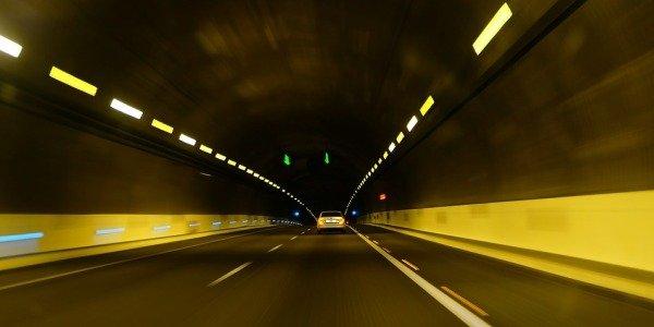 Como se puede evitar sufrir hipnosis de carretera
